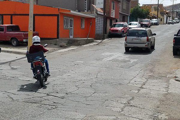 Inconformidad por mal estado de la calle Encino