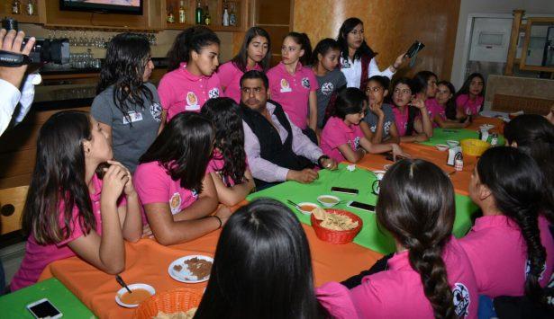 Apoyo total a Mineras de la Liga Estatal de futbol femenil sub-17: Alfredo Lozoya