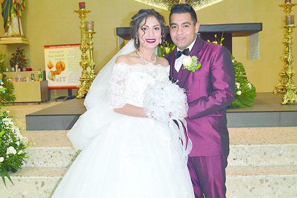 Elegante Celebración Matrimonial de Rogelio y Jaqueline Idaly