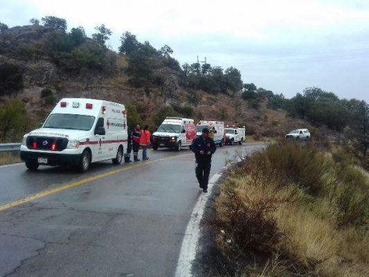 Identifican a las personas lesionadas en la volcadura rumbo a casita