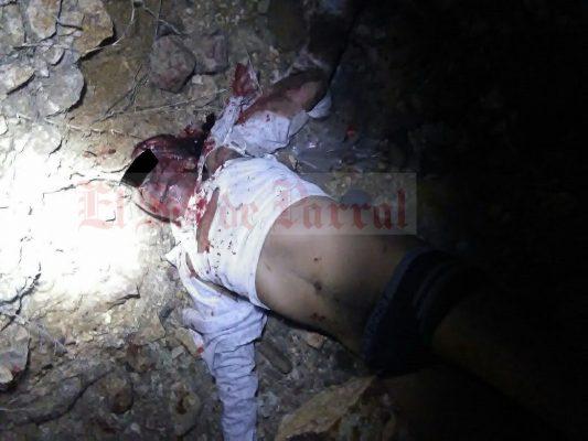Fatal volcadura en la rúa Parral-Jimenez deja saldo de una persona sin vida y un menor de edad lesionado
