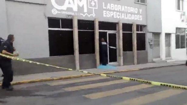 Disparan arma de postas contra inmueble en la calle Libertad