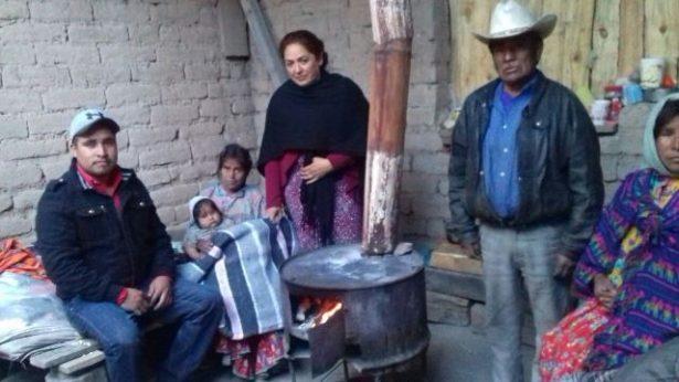 Rescata DIF Municipal a familia en extrema pobreza y desnutrición
