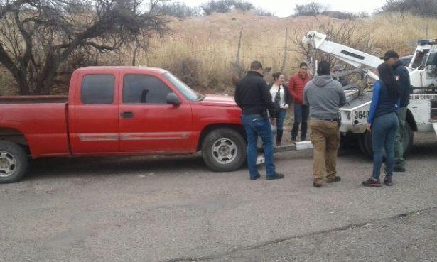Aseguran vehículo con reporte de robo en la colonia Cerró Blanco