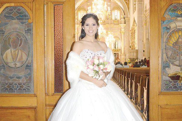 Mariana Arras Robles, Bonita Quinceañera