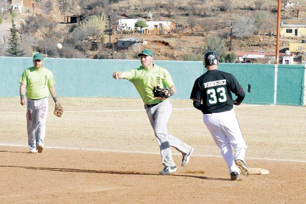 Frisco, El Valle y Venados, con el pie derecho en la Liga Regional de Beisbol