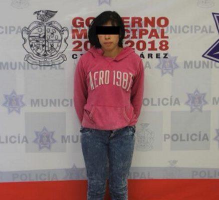Arrestan a joven mujer de 19 años por golpear a su esposo en Cd Juárez