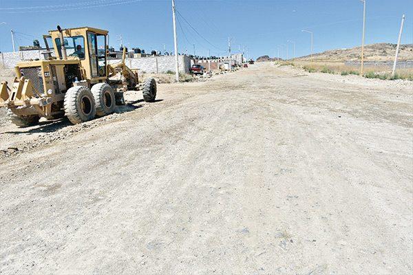 Inicia pavimentación del acceso a Col. Parral Vive