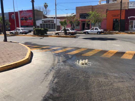 (GALERIA)Colapsa drenaje en la avenida independencia
