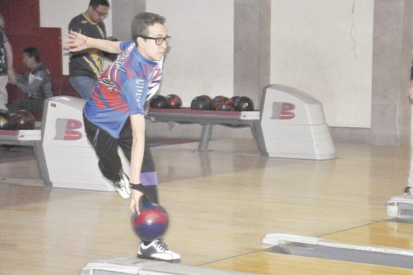 Los Nietos de Sánchez recuperan el liderato del torneo de boliche de Los Lunes