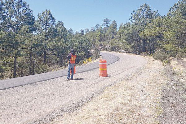 Inicia rehabilitación carretera