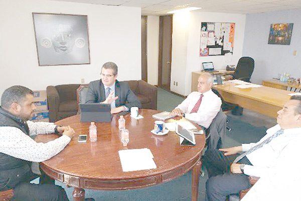 Se reúne Alcalde con funcionarios de Turismo Federal en México