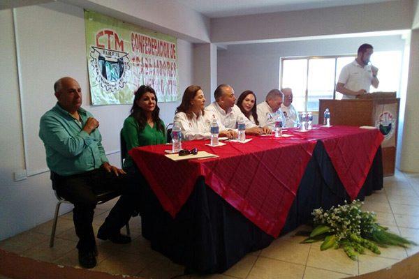 Transportistas se oponen ante el proyecto que pretende reformar el Congreso del Estado