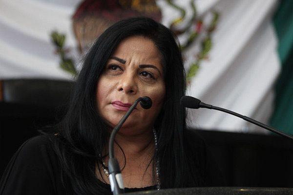 No hay excusa para abandonar el teleférico: Karina Velázquez