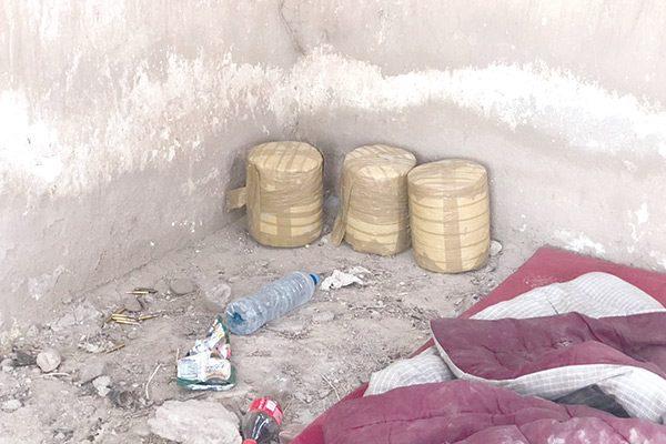 Asegura la AEI droga y cartuchos en una finca ubicada  en la carretera a Camargo