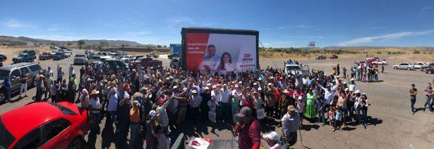Balleza muestra su apoyo a proyecto priista con mega caravana
