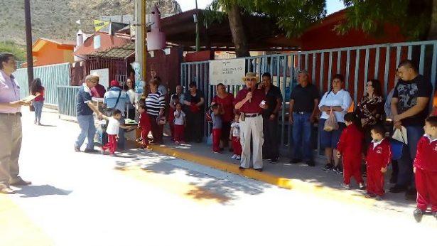 [Video] Vecinos arrancan obra de pavimentación de calle Valenzuela