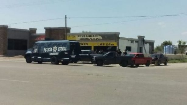 Balacera entre policías y un grupo armado en Jiménez