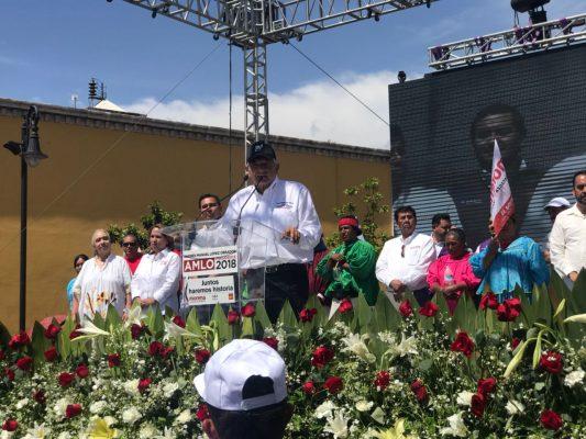 [Videos] Que Javier Corral le pague a los maestros; esta resultando igual que Cesar Duarte, no hay diferencia