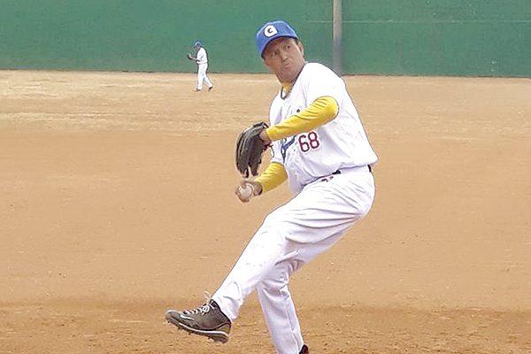 Apaleó el Deportivo Pelyn Loya en beisbol súper máster