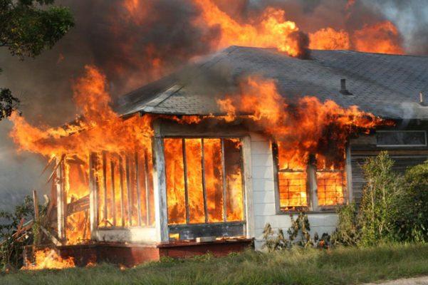 Trágico incendio deja un fallecido en Guachochi