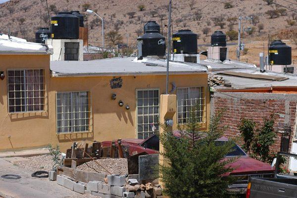 Aumenta hasta un 30% la demanda de agua en 6 municipios del estado
