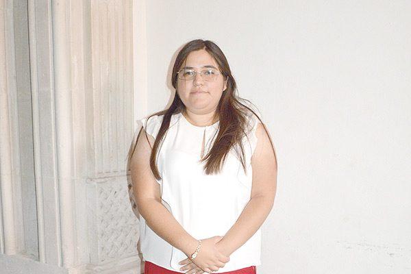 "Presentan ""Lienzos de Otoño"" de Karina Gutiérrez"