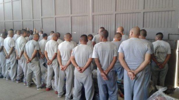 Trasladan a 22 reos Raramuris de diversos penales del estado al de Guachochi