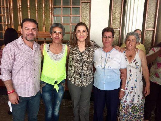 Se reúnr Graciela Ortiz con la estructura priista de Parral