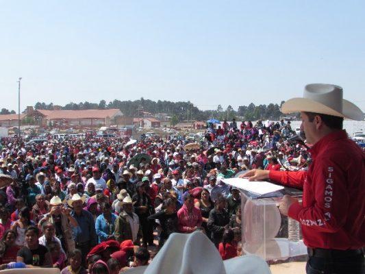 Acuden 15 mil personas a la toma de protesta de estructura de campaña de Hugo Aguirre candidato a la presidencia municipal de Guachochi