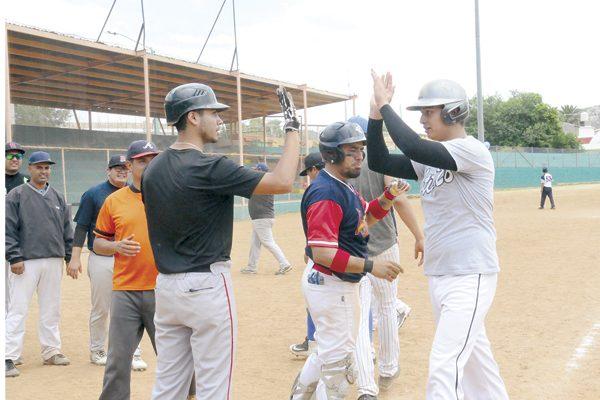 Ganó Panadería Chayito-Grupo Pipsa en beisbol se segunda fuerza