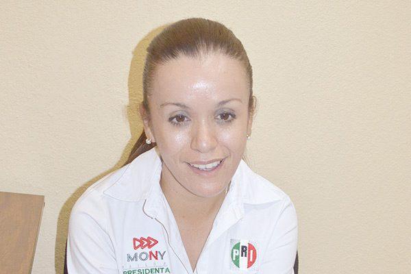 Pondera Mónica Baylón ampliar la red hidráulica