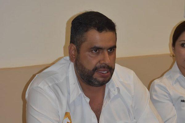 Alfredo Lozoya se compromete a hacer llegar el gasoducto a Parral