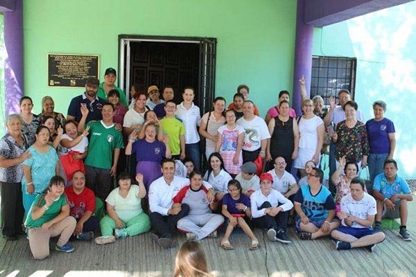 José Luis se reúne con familiares e instructores de personas Down