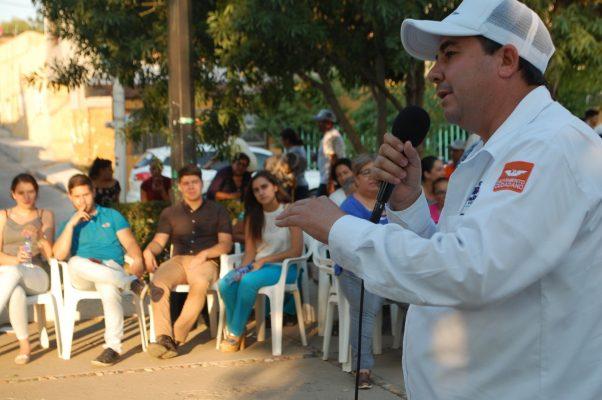 El profe Parga encabeza la intención del voto ciudadano en el Distrito 21