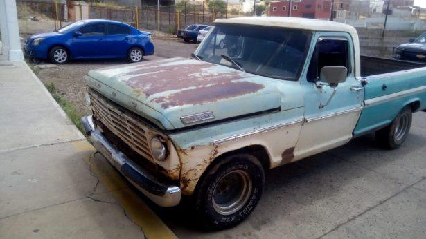 Recuperan camioneta con reporte de robo de hace 19 años