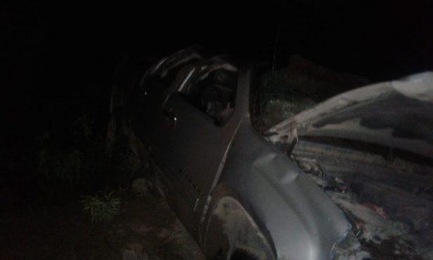 Daños totales y dos lesionados tras volcadura en la Vía Corta a Chihuahua