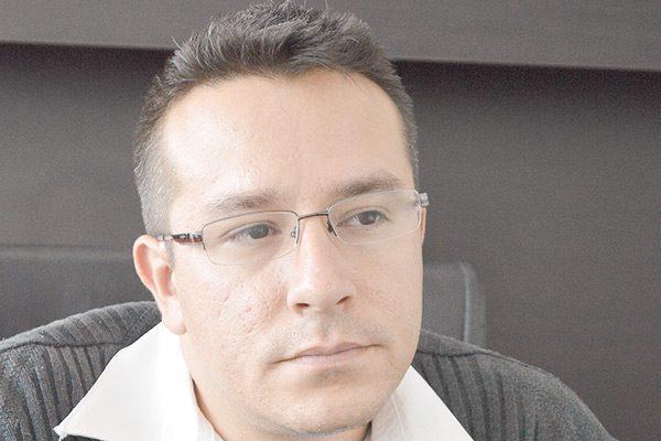 El Lic. Julio Loya renunció al Servicio Nacional de Empleo