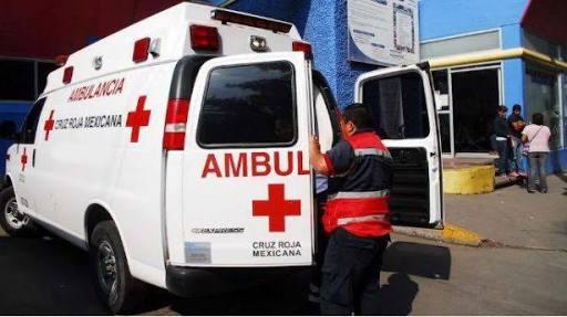Atropella vehículo a menor de edad sobre la Vía Corta, resultando severamente lesionado