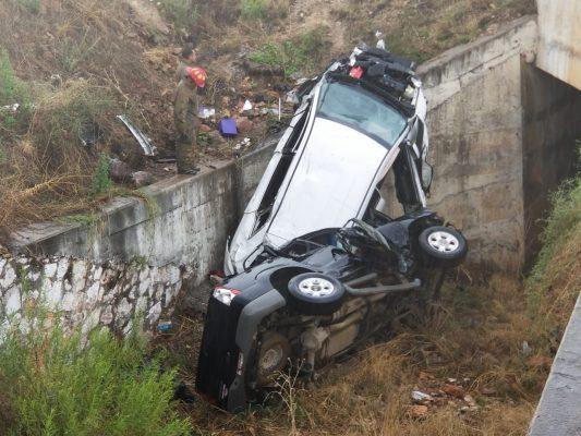 Identifican a una de las 6 personas lesionadas en el accidente en la carretera Parral-Jiménez