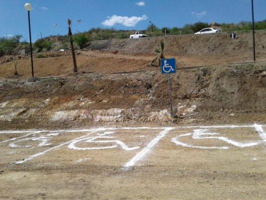 Habilitan estacionamiento exclusivo para discapacitados en Foro Villista