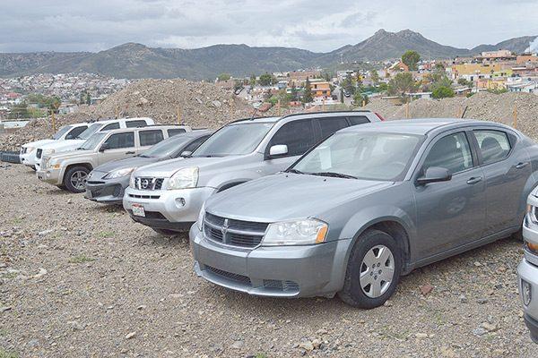 Bajan más del 73% ventas de autos seminuevos y usados