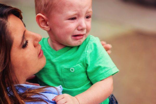 Con sentimiento, inician clases niños de preescolar