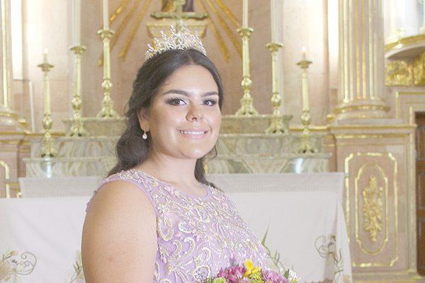 Ángela Torres en sus quince años