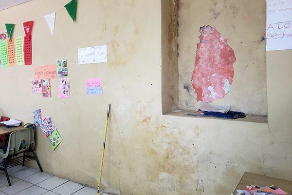 Se cuartean techos y una pared en escuela por las lluvias