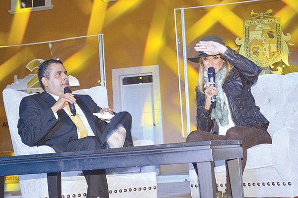 El Alcalde cubrió gastos por visita de Adela Micha