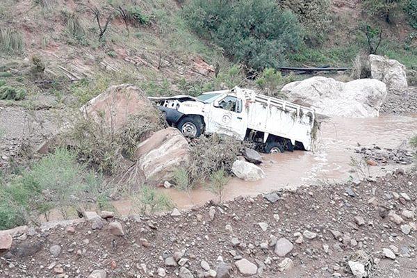 Dos muertos tras la creciente de un río