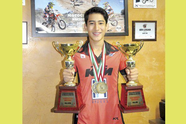 Gilberto Parada ganó medalla de oro en la Olimpiada Nacional de Motocross