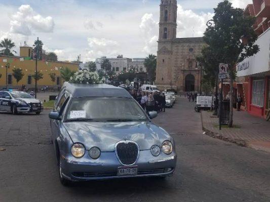 (Videos) Inicia cortejo fúnebre de Uriel Loya Deister