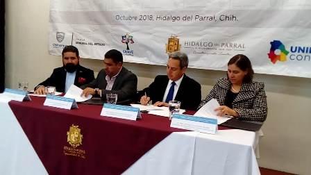 (Vídeo y Galería) Firman municipio y estado convenio para atención a víctimas